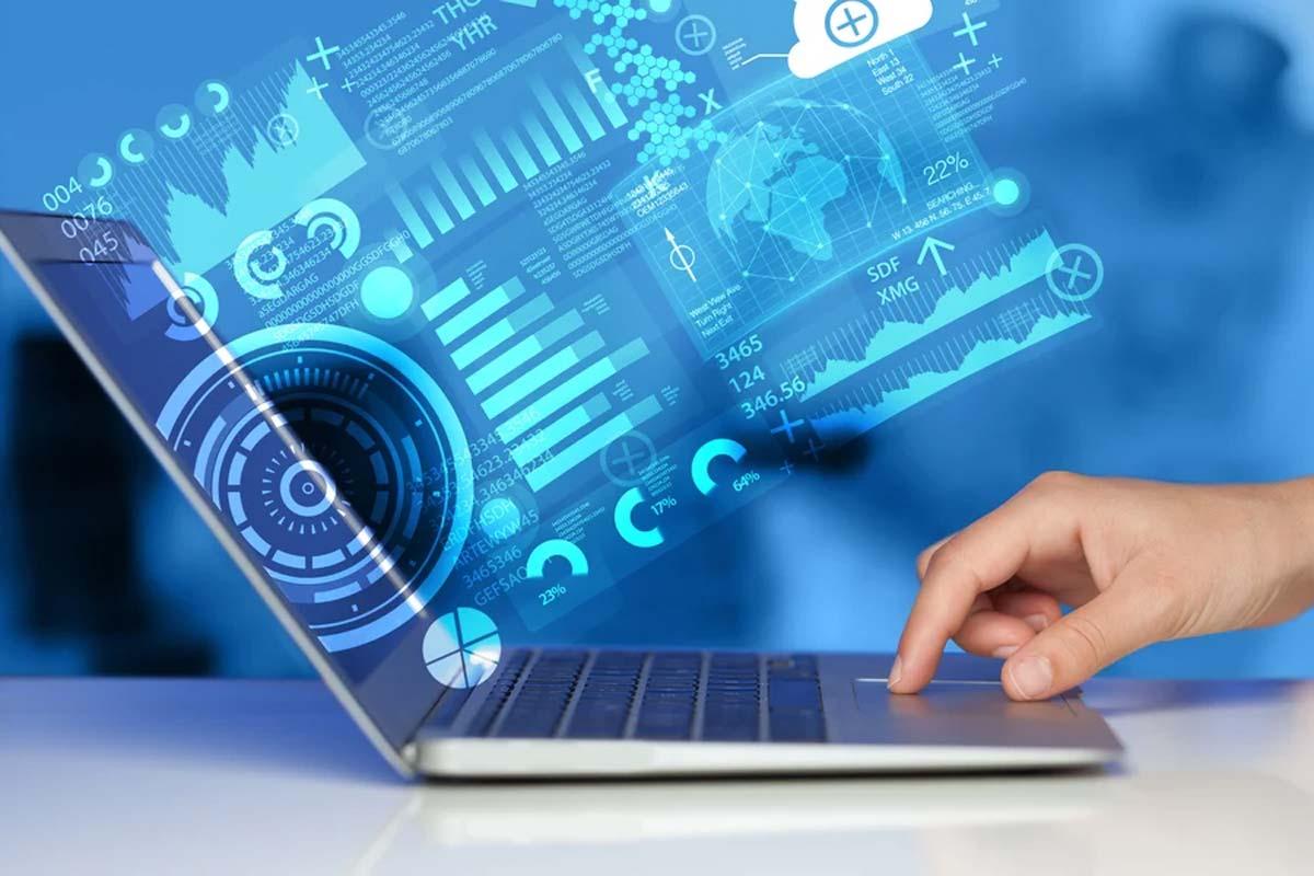 computer portatile con i simboli dei media della tecnologia del futuro