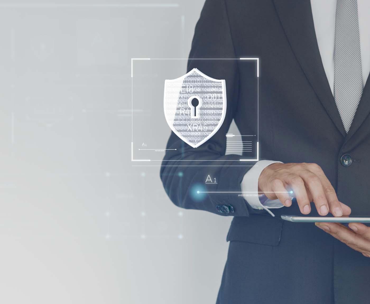 Persona che si occupa di cybersecurity e difende dagli attacchi informatici